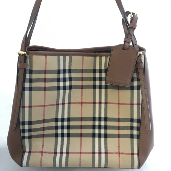5ba4b2468a4c Burberry Handbags - 3939377 Burberry Women s Small Canter Leather Tote